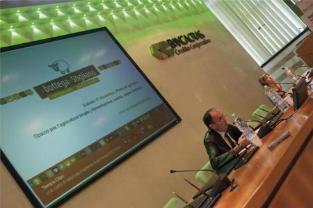 "Conference  ""Terra e Cibo"" (""Earth and Food"") - Presentation of the store"